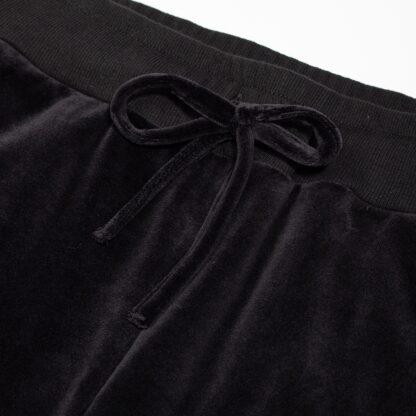 SNP61020-naiste-mustad-sametdressid-detail1-2